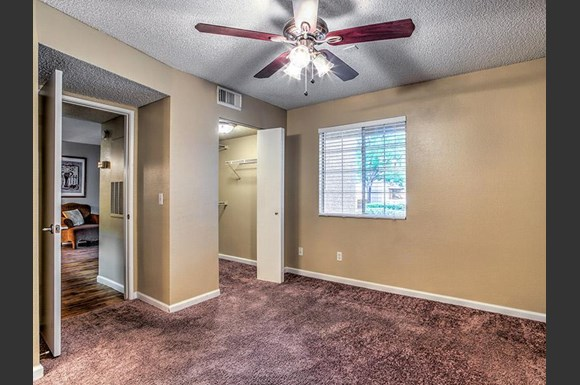 St lucia apartments 2150 n tenaya way las vegas nv for Hardwood floors las vegas