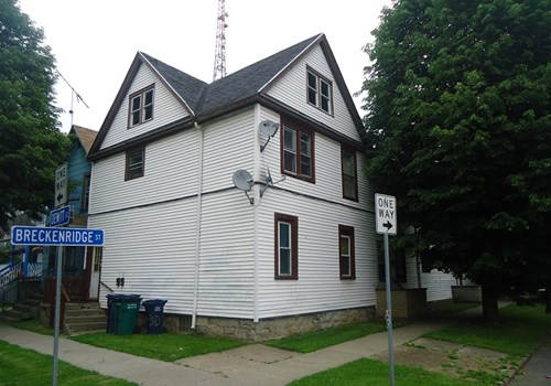 Dewitt Breckenridge Apartments Community Thumbnail 1