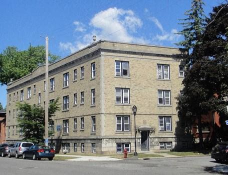 520 Virginia Street Apartments Community Thumbnail 1