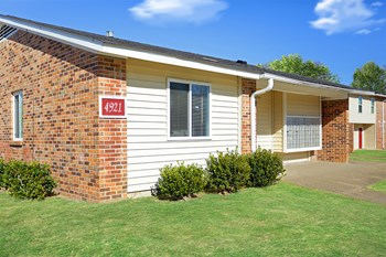 4921 Hatton Avenue 2-4 Beds Apartment for Rent Photo Gallery 1