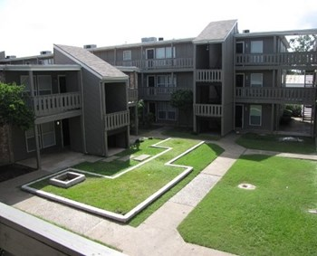 8701 Hammerly Blvd. 1-3 Beds Apartment for Rent Photo Gallery 1