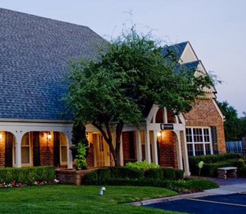Charming Apartments in Tulsa, OK| Waterford Apartments
