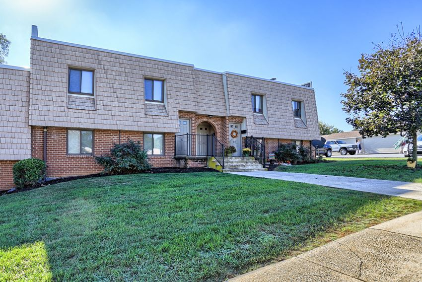 Apartments in Shippensburg, PA | Chateau Terrace Apartments | Property Management, Inc.