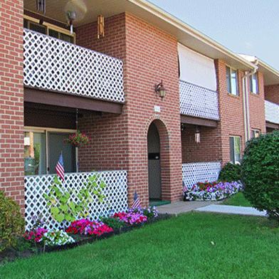 Find a home in Mechanicsburg, PA   Delbrook Manor Apartments   Property Management, Inc.