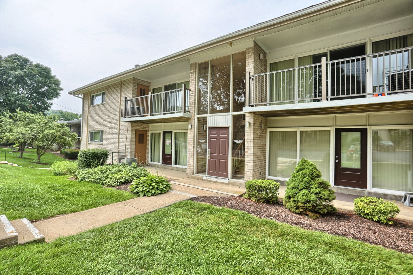 Camp Hill Best Apartments | Long Meadows Apartments