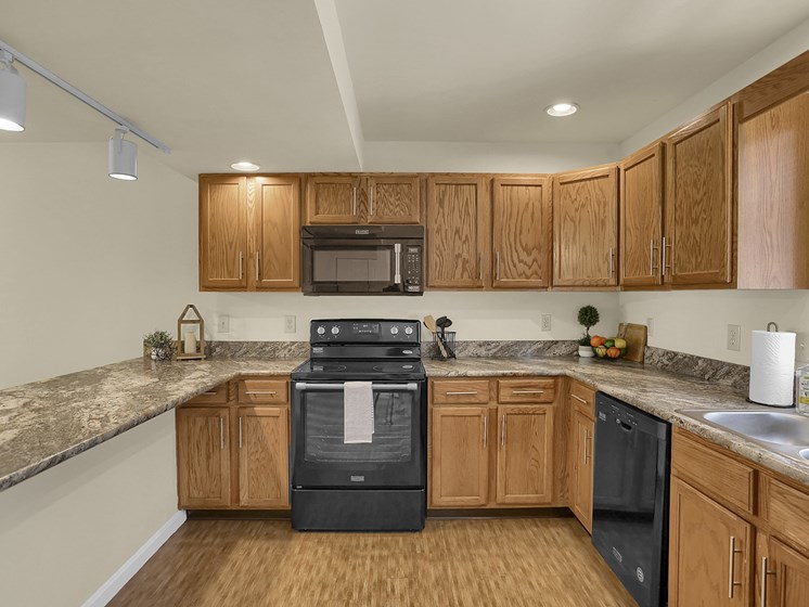 Big Apartment Kitchen | Rockledge Townhomes in Mechanicsburg | PMI |