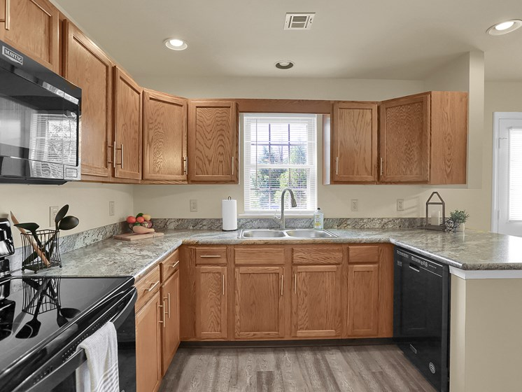 Large Wrap Around Kitchen Apartment | Rockledge Townhomes in Mechanicsburg | PMI |