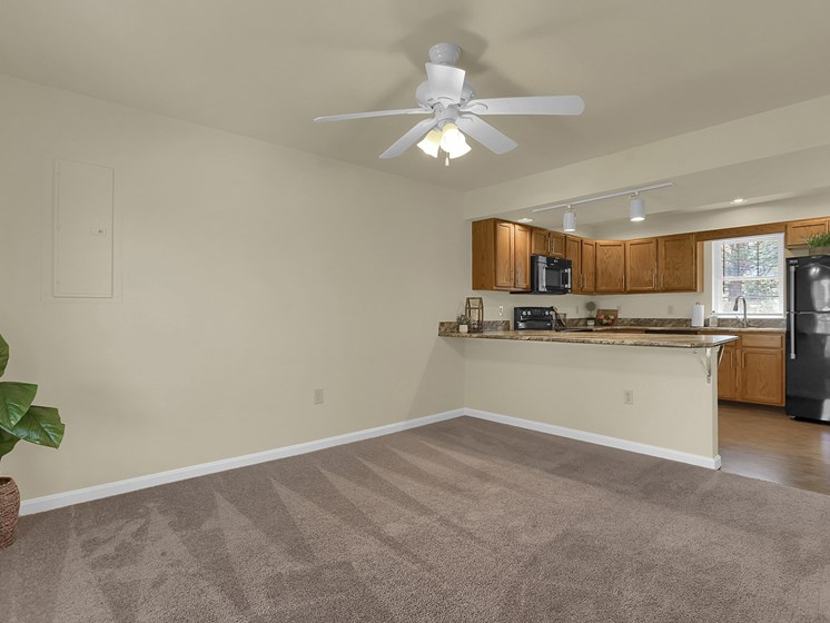 Nice Apartment Rental in Mechanicsburg | Rockledge Townhomes in Mechanicsburg | PMI |