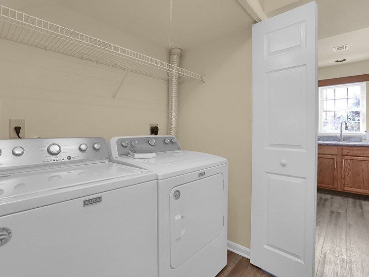 Washer and Dryer in Apartment | Rockledge Townhomes in Mechanicsburg | PMI |