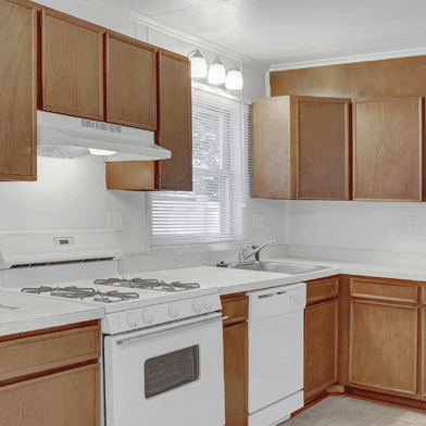 Apartment Kitchen Photo in Williamsport, PA | Woodland Park | Property Management, Inc.