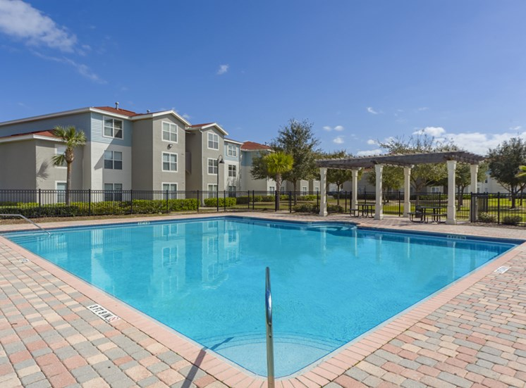 Madelyn Oaks Apartments | Jacksonville, Fl