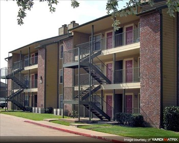 3726 Block Dr. 1-2 Beds Apartment for Rent Photo Gallery 1