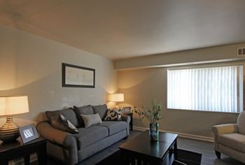 2428 Corning Avenue 1-3 Beds Apartment for Rent Photo Gallery 1