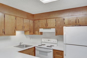 200 Church Street 2 Beds Apartment for Rent Photo Gallery 1