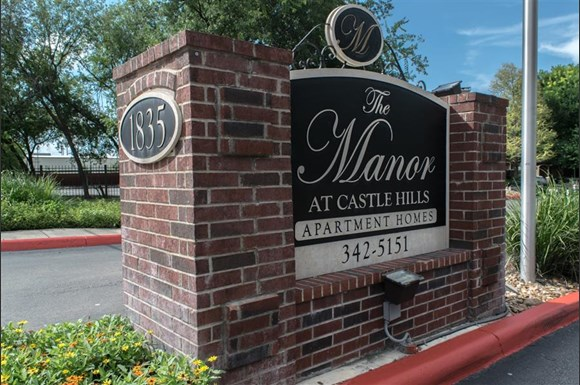 Apartments Castle Hills San Antonio