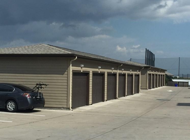 garage north austin apartments