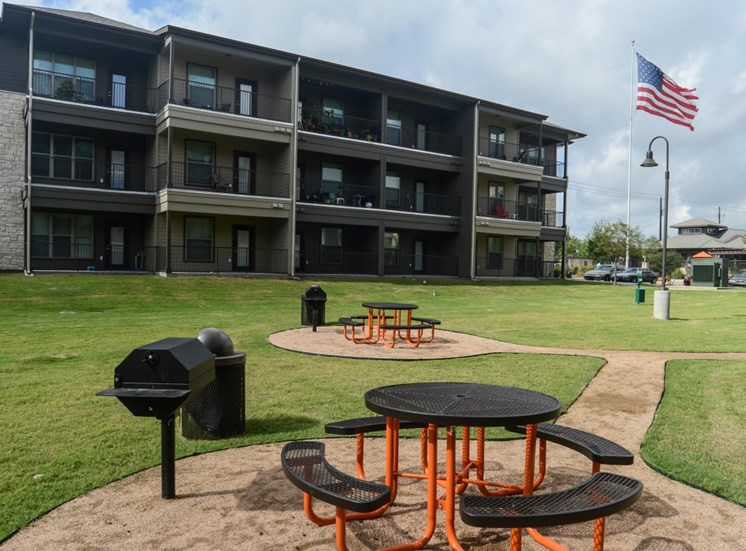 grounds north austin apartments