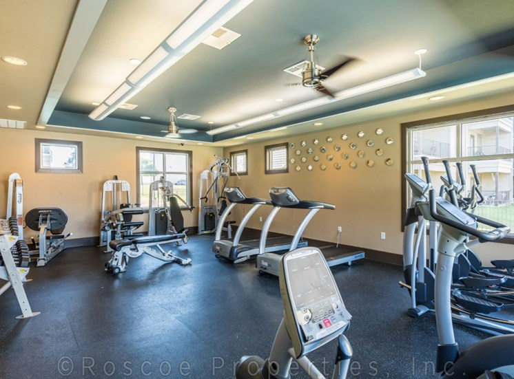 fitness-center-apartments-on-north-lamar