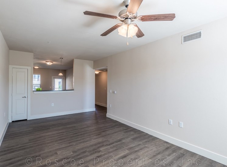living-apartments-on-north-lamar