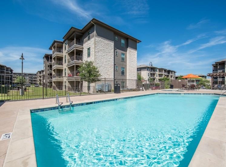 pool-north-austin-apartments