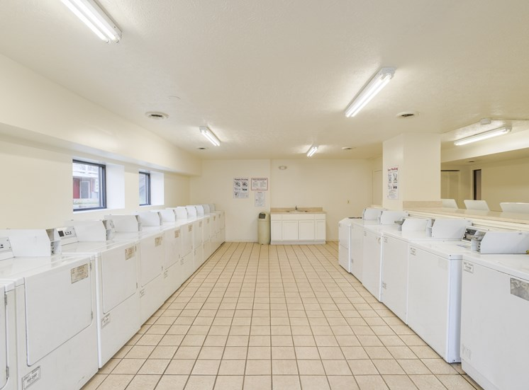matador north laundry facilities