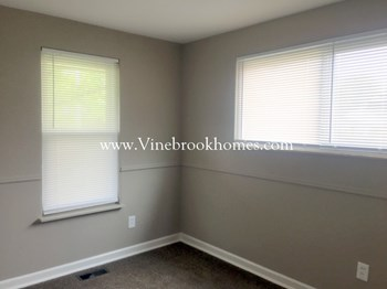 7238 Summerdale Dr 4 Beds House for Rent Photo Gallery 1