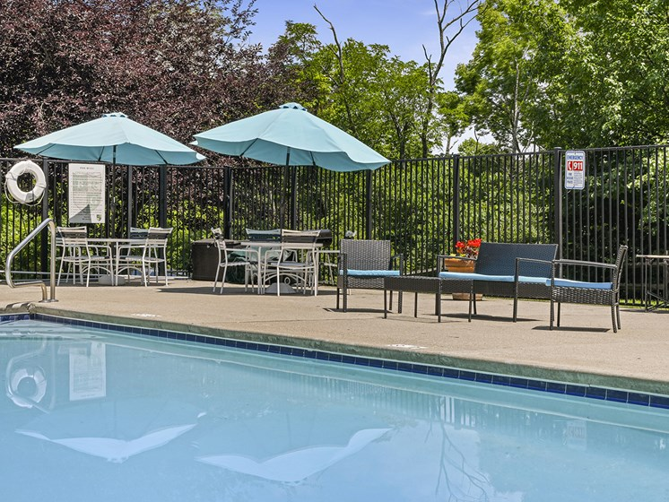 Resort-Style Pool at Carriage Hill Apartment Homes, Hamilton, OH