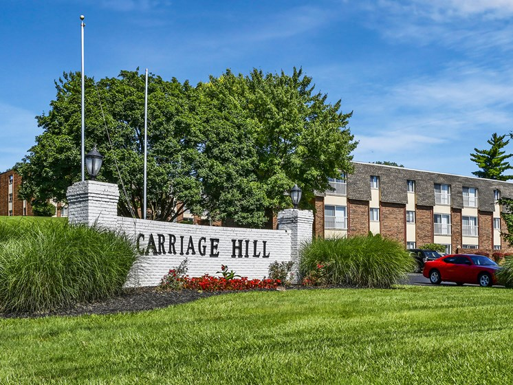 Quiet Community in Wooded Setting at Carriage Hill Apartment Homes, Ohio, 45013