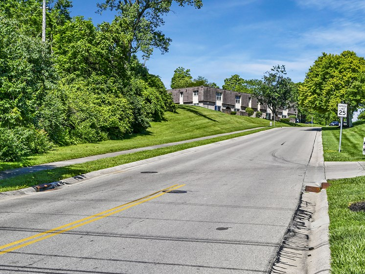 Comfortable Apartments at Carriage Hill Apartment Homes, Hamilton, OH, 45013