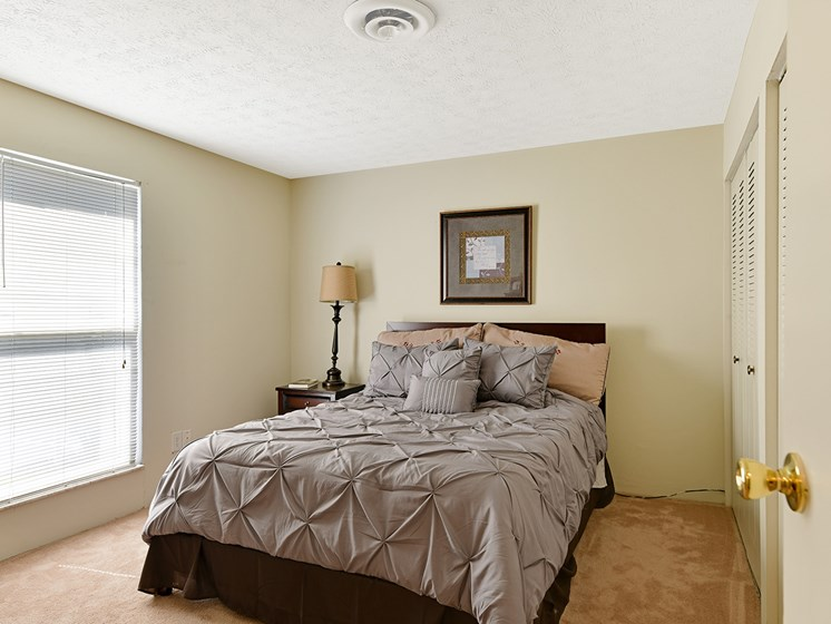 Over-the-Range Microwaves at Carriage Hill Apartment Homes, Hamilton, 45013