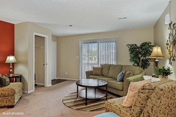 1135 Suncrest Circle 1 Bed Apartment for Rent Photo Gallery 1