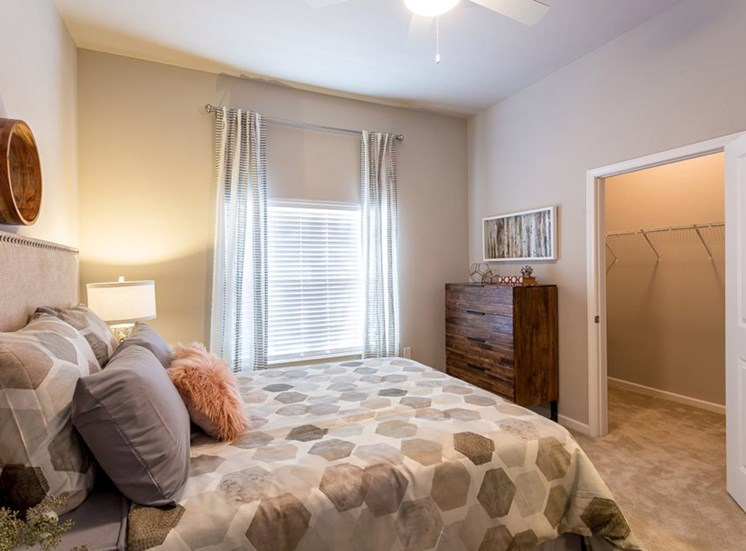 Master Bedroom With Carpeting at Creekside at Greenlawn, Columbia SC 29209