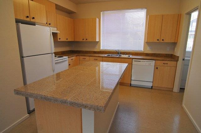 Eat-in Kitchens  at Bella Terra Apartments, Mukilteo, WA,98275