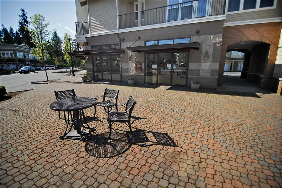 Poolside Outdoor Grilling Area at Bella Terra Apartments, Mukilteo, WA,98275