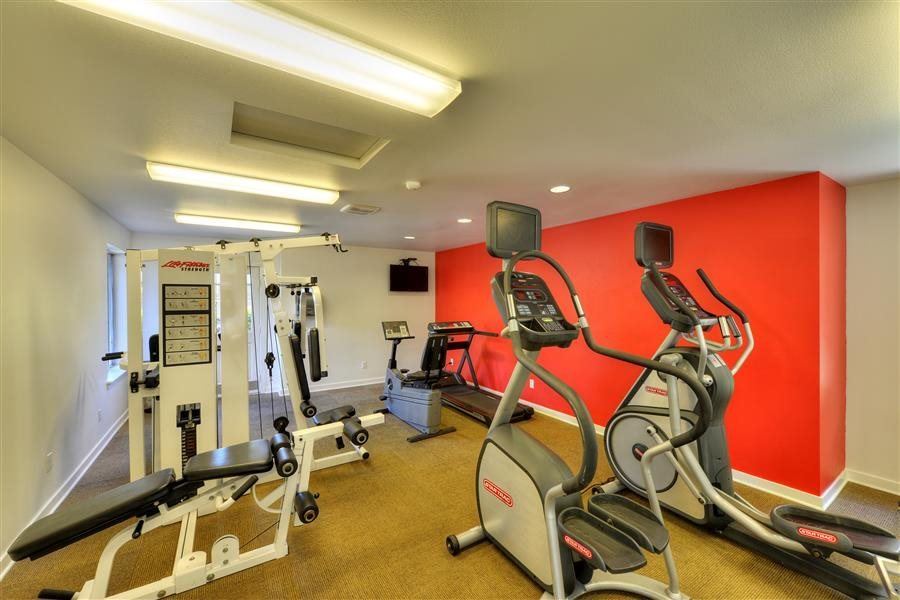 24 Hour Fitness Center at Heronfield Apartments in Kirkland Washington