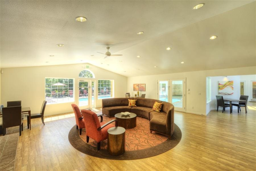 Clubhouse at Heronfield Apartments in Kirkland Washington