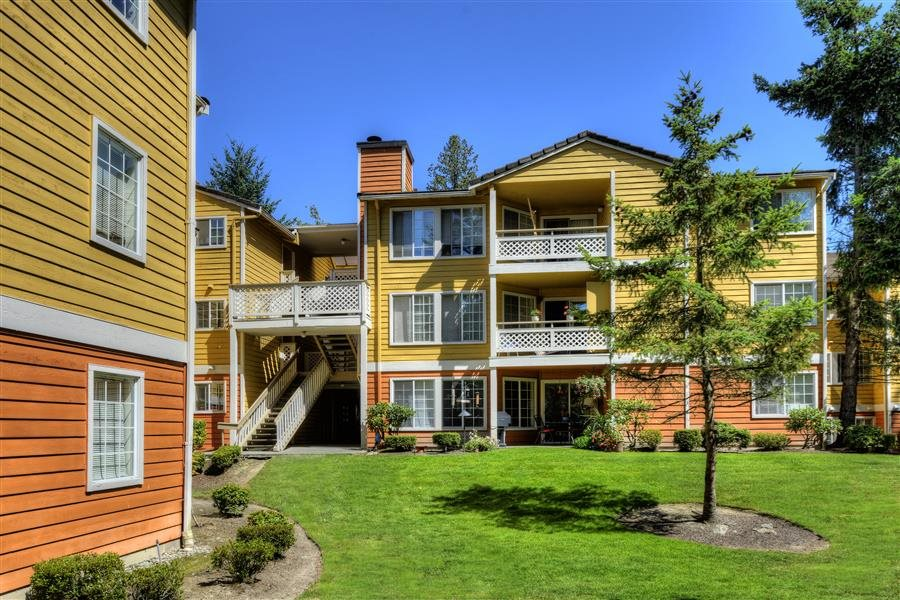 Beautiful Surroundings at Heronfield Apartments, Kirkland, WA,98034