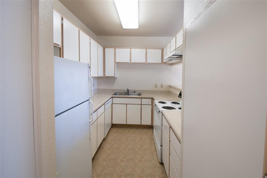 Fully equipped kitchen, at Marquessa, Corona, CA,92879