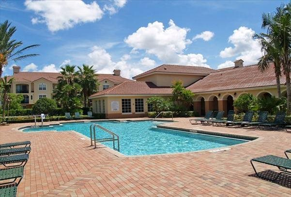 Sparkling Swimming Pool at the Park at Turtle Run Apartments, 6150 Wiles Rd, Coral Springs, FL 33067