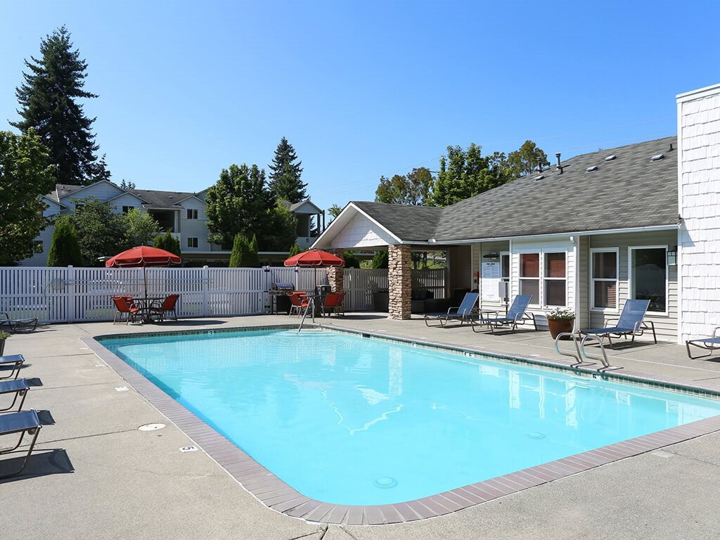 Outdoor Heated Swimming Pool at Sage Apartments, Everett, WA, 98204
