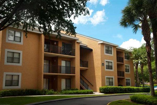 Hammocks place apartments 15280 sw 104th st miami fl for Hammock for apartment balcony