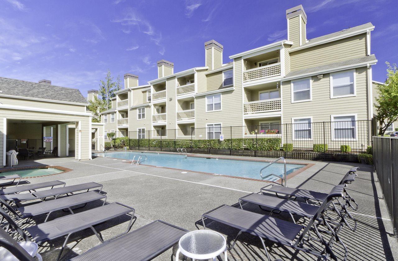 Apartments in Everett, WA | Huntington Park Apartments