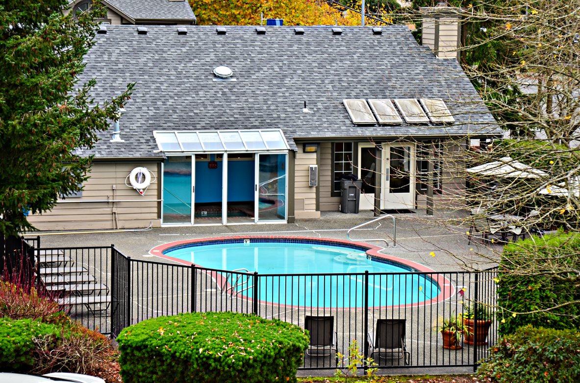 Seasonal Beautiful Outdoor Swimming Pool at Orchard Ridge Apartments, Lynnwood, WA