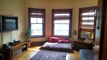 295 Summer Street 4 Beds Apartment for Rent Photo Gallery 1