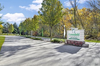 1640 S. Greenfield Circle NE 1-3 Beds Apartment for Rent Photo Gallery 1