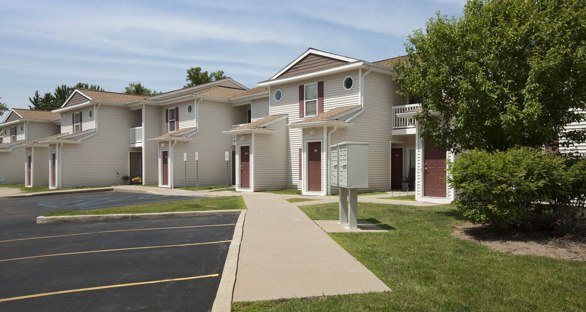 Columbia woods apartments apartments in cohoes ny for Columbia woods