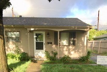 2841 Key Pl 3 Beds House for Rent Photo Gallery 1
