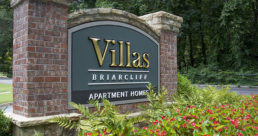 Villas on Briarcliff Front Entrance