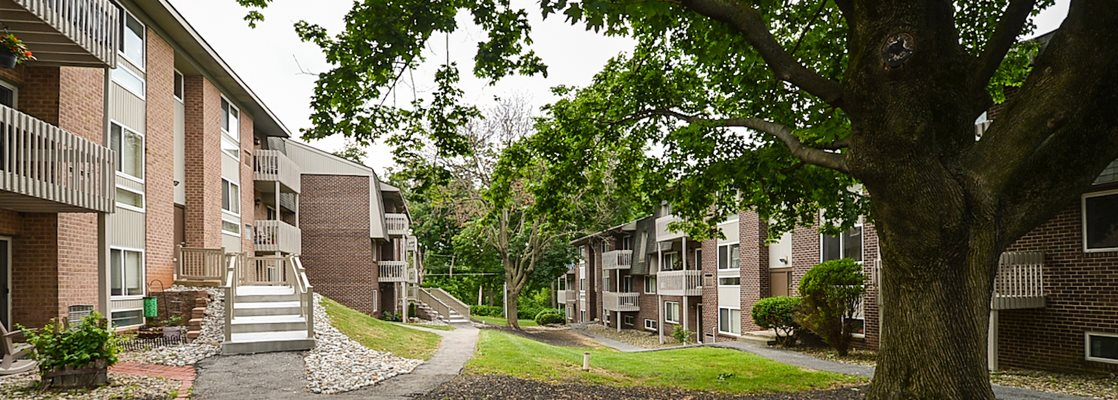 Spring Ridge Apartments | Apartments in Whitehall, PA