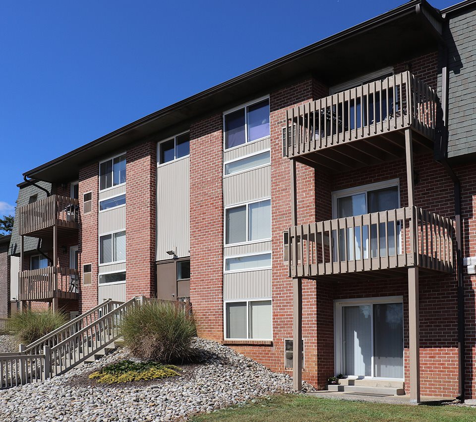 Ridge Apartments: Apartments In Whitehall, PA